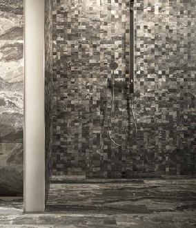 https://www.ceramicheminori.com/immagini_pagine/29-12-2020/bagni-effetto-marmo-104-1923-330.jpg