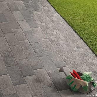 https://www.ceramicheminori.com/immagini_pagine/29-12-2020/pavimenti-per-esterno-83-2727-330.jpg