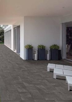 https://www.ceramicheminori.com/immagini_pagine/29-12-2020/pavimenti-per-esterno-83-2854-330.jpg