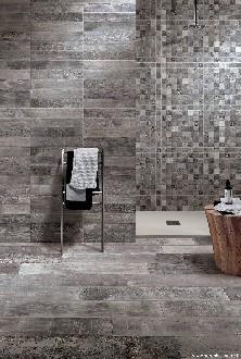 https://www.ceramicheminori.com/immagini_pagine/30-12-2020/bagni-effetto-legno-105-2014-330.jpg
