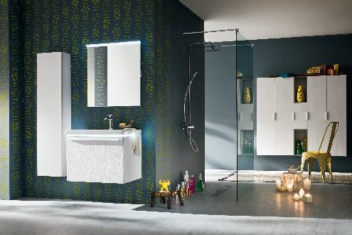 https://www.ceramicheminori.com/immagini_pagine/30-12-2020/mobili-da-bagno-80-3505-330.jpg